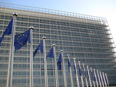 COMMISSION EUROPEENNE: LA FRANCE A L'AMENDE DE PLUSIEURS MILLIARDS D'EUROS