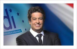 » LA BI-NATIONALITE EST UNE CHANCE DANS UN MONDE QUI CHANGE.LES Français DE L'ETRANGER SONT LES PREMIERS AMBASSADEURS DE LA FRANCE» MEYER HABIB