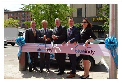 La technologie française de voiture électrique choisie par les USA,BlueIndy, le plus grand service d'auto-partage 100% électrique des Etats-Unis, sera inauguré le 19 mai à Indianapolis par le Groupe Bolloré.