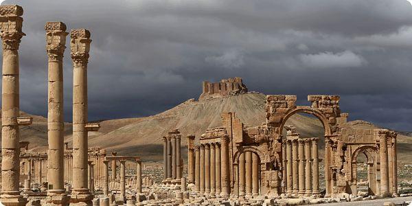 SYRIE: APRÈS PALMYRE, QUELLE POLITIQUE POUR LA FRANCE?
