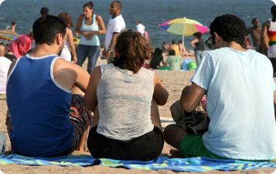 Polyamour: Ni libertin ni infidèle, le polyamour fait des ravages