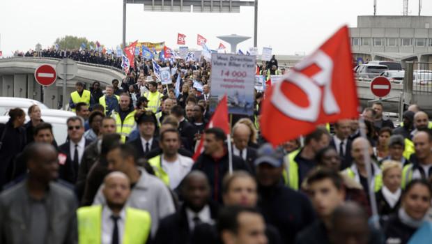 Air France: Le dialogue social n'est pas fait pour nous tirer vers le haut et nous protéger des employeurs féroces.