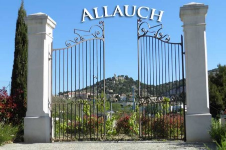 Allauch: les habitants s'opposent au projet Routabaou qu'ils accusent de défigurer leur village