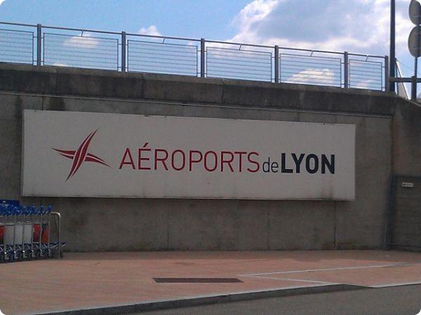 Crédit Agricole Assurances va acquérir 60% du capital d'Aéroports de Lyon (ADL)