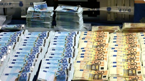 Bitcoins, métaux, euros, dollars : quels sont les meilleurs actifs monétaires ?  Par Ferghane Azihari