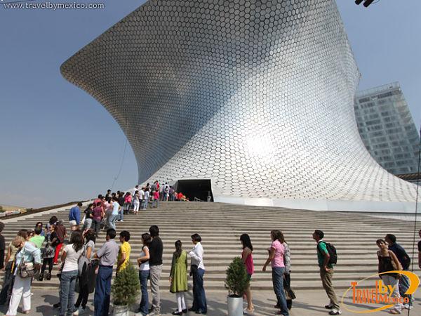 Le musée Soumaya est ouvert tous les jours et son entrée est gratuite.