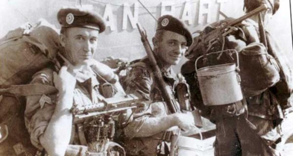 La révolte du 1er régiment étranger de parachustistes « La mémoire n'est pas seulement un devoir, c'est aussi une quête »  (Commandant Hélie de Saint-Marc – » Les champs de braises «)