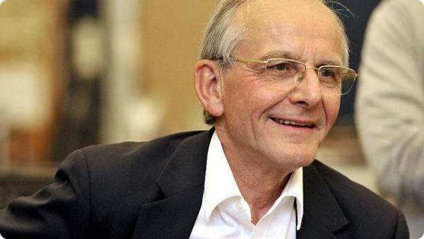 Axel Kahn : la droitisation de la société française, mérite plusieurs commentaires complémentaires.
