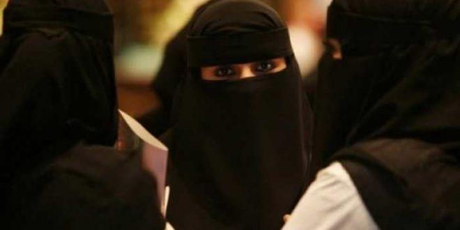 Madagascar, déjà le pays le plus pauvre, affronte maintenant l'invasion des barbus et burka