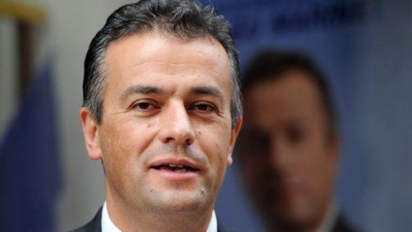 Front national : «Lettre ouverte à mes fidèles soutiens» Laurent LOPEZ
