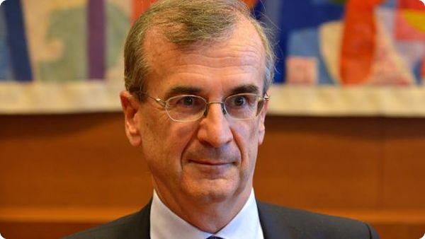 Interview de François Villeroy de Galhau : Pour 2017, notre prévision est de 1,3 %.