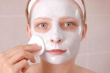 Le masque de beauté au sperme, une recette de grand-mère douteuse
