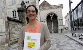 Qui est Emmanuelle Carrière-Seyboldt ?