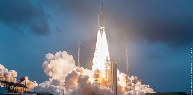 Ariane 5 réussit son premier lancement de l'année 2020