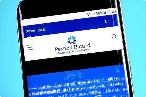 La société Ricard met à disposition des stocks d'alcool pur qui permettront la fabrication de gel hydroalcoolique