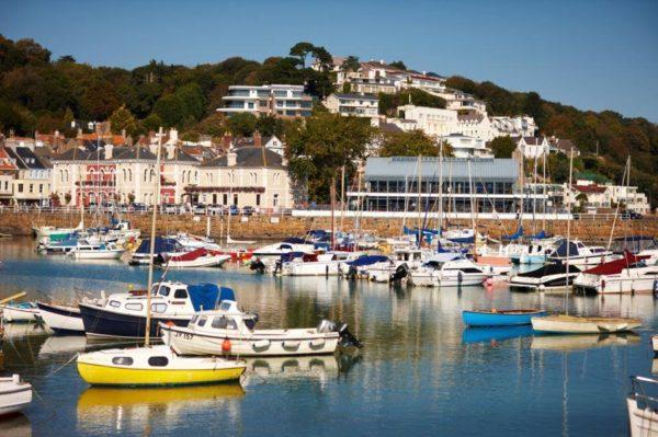 Jersey :  la plus grande des îles anglo-normandes
