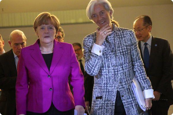 Les grands patrons du monde privés des poignées de mains et des pistes de ski de Davos…