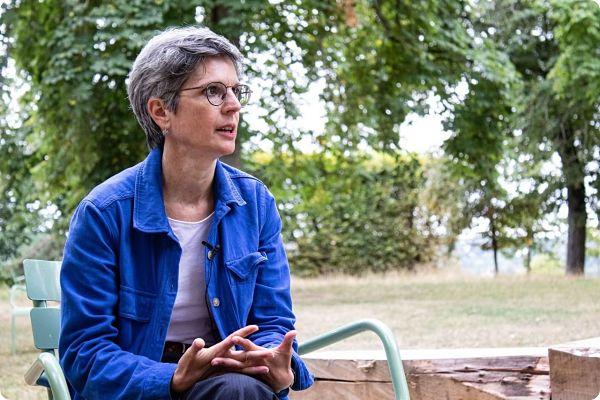 Primaire écologiste : qui est Sandrine Rousseau